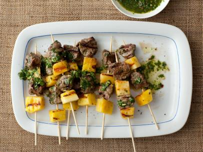 GH0104_Beef-Pops-with-Pineapple-and-Parsley-Sauce_s4x3.jpg.rend.sni12col.landscape