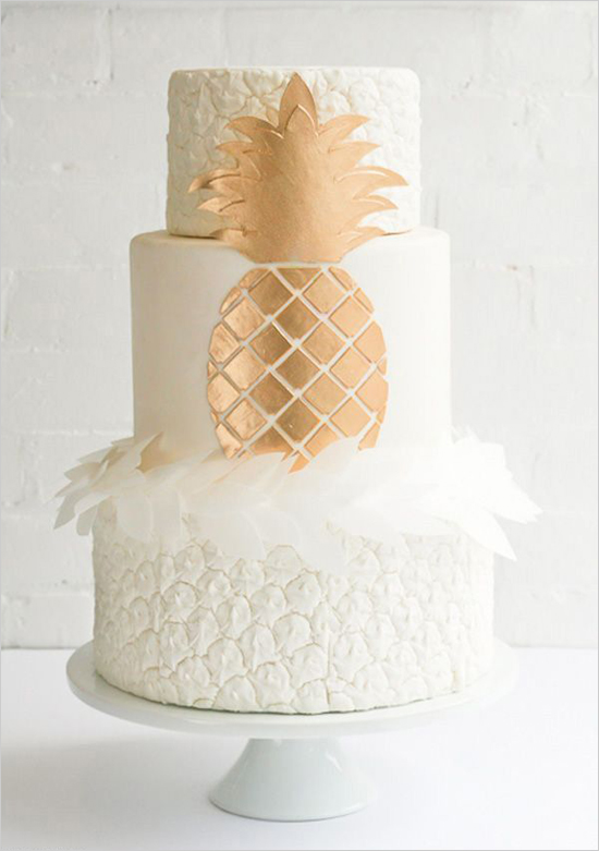 pineappleweddingcake@weddingchicks
