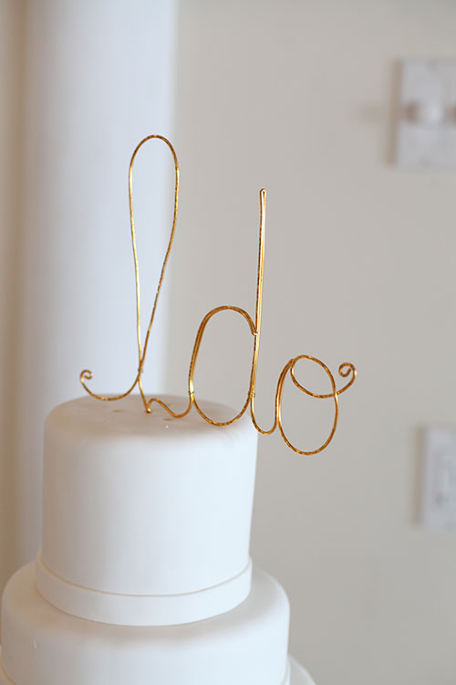 Gold-Cake-Topper-Sarah-Bray-Photography