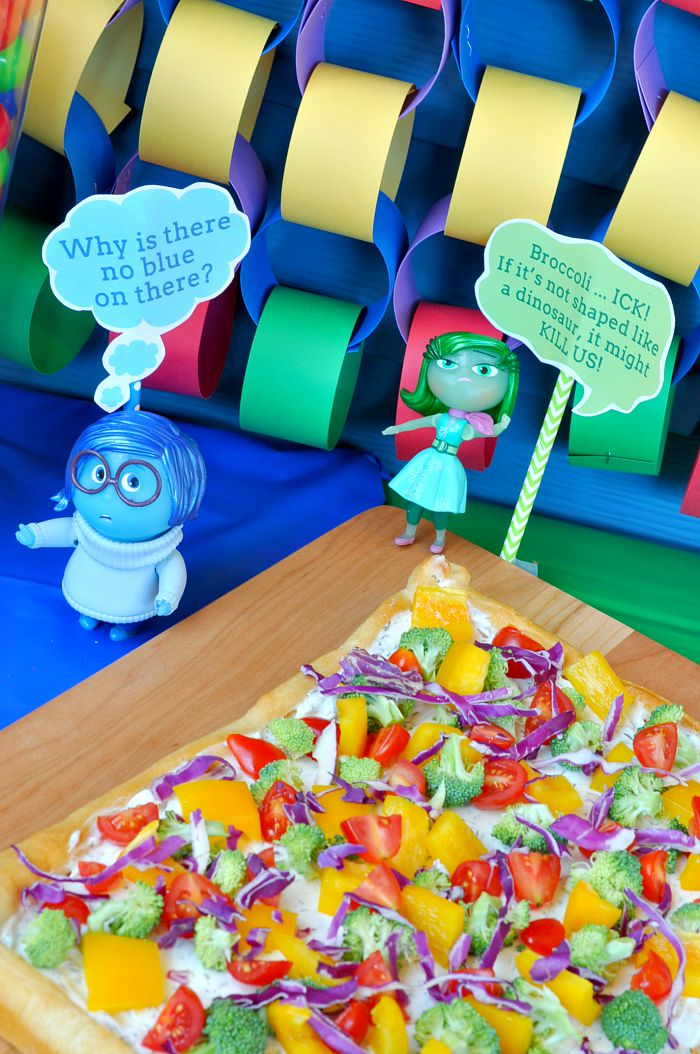Inside-Out-Veggie-Pizza-2