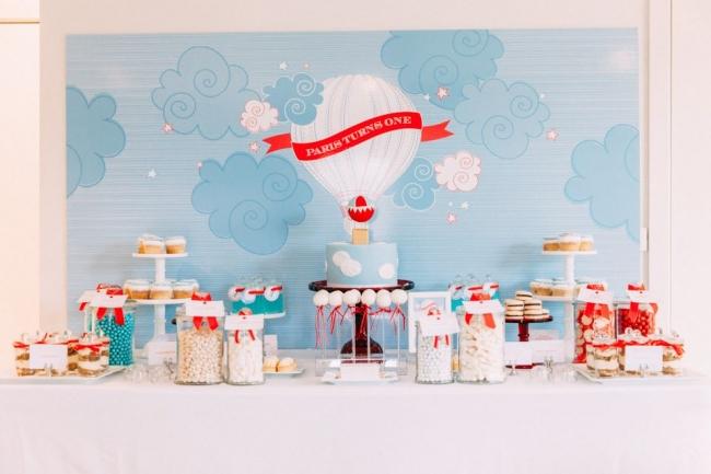 boys-hot-air-balloon-first-birthday-party-ideas