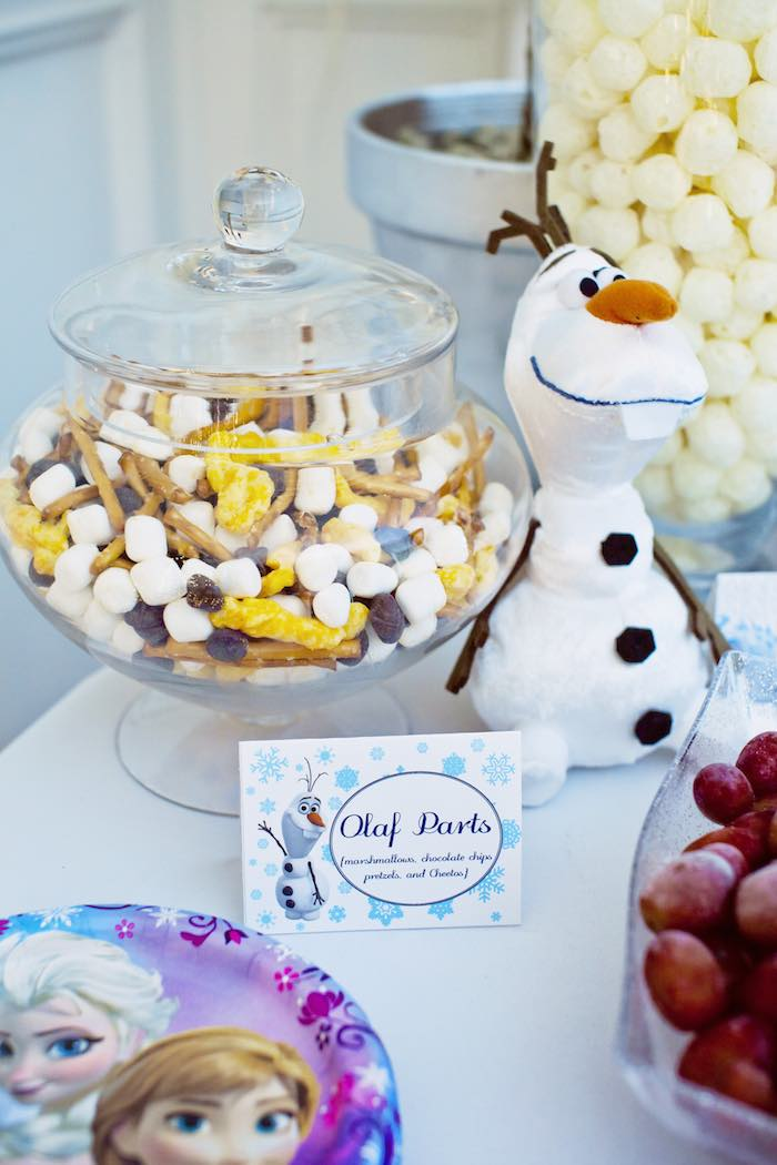 Frozen-Birthday-Party-via-Karas-Party-Ideas-KarasPartyIdeas.com-Party-supplies-cake-tutorials-printables-giveaways-and-more8