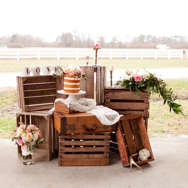 Ellas Barn Wedding Cakes