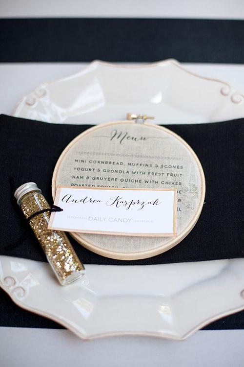 embroidery-hoop-wedding-ideas-menu