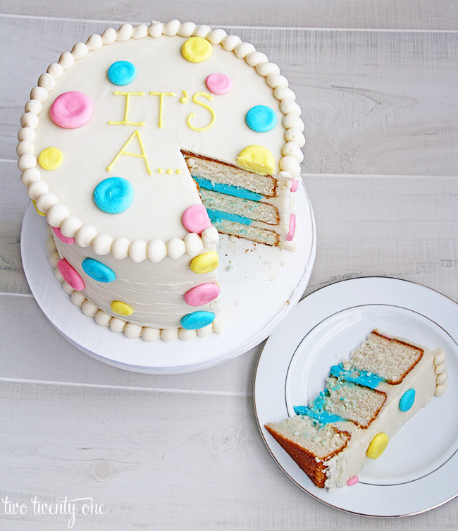 gender-reveal-cake-two-twenty-one