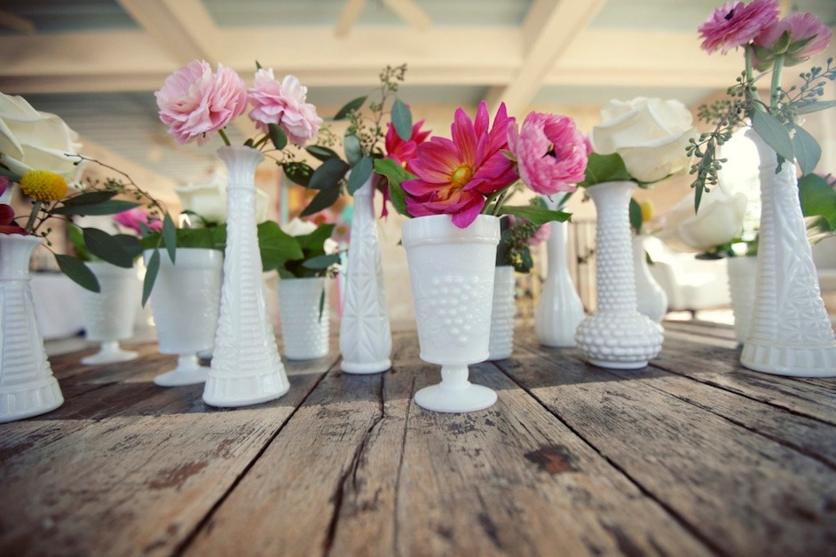 milk-glass-vases