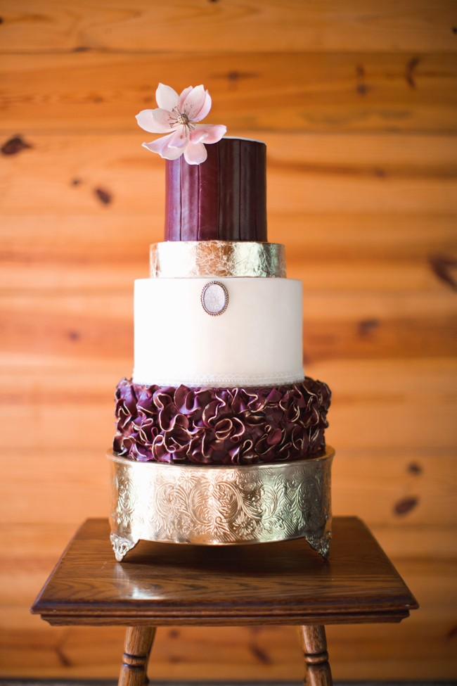 marsala-and-metallic-wedding-cake-idea