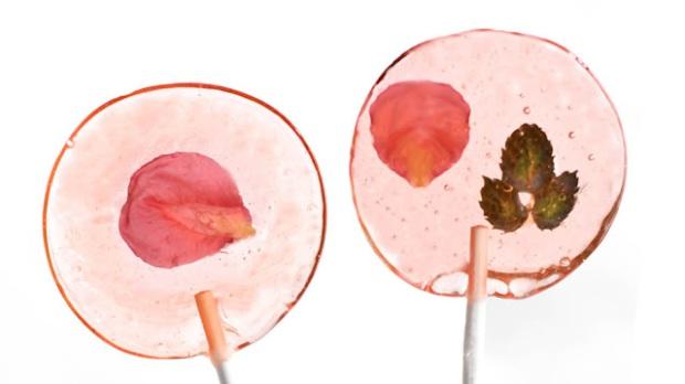 SprinkleBakes Etsy Bellini flower pops 980x551 2