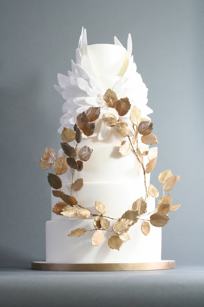 victoria-made-wedding-cakes-brighton-wedding-cakes-london-4-683x1024