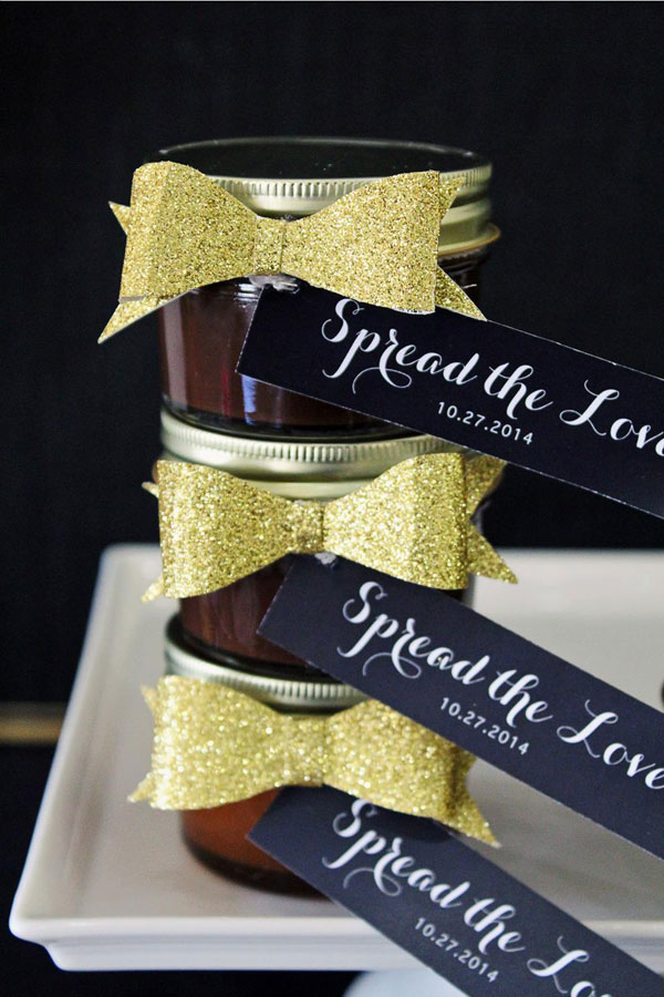 jam-wedding-favors.jpg