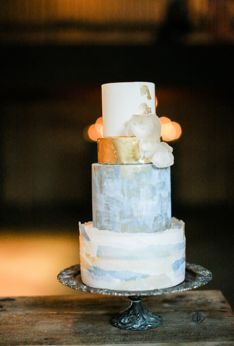 Metallic-Wedding-Cakes-ashley-kelemen.jpg