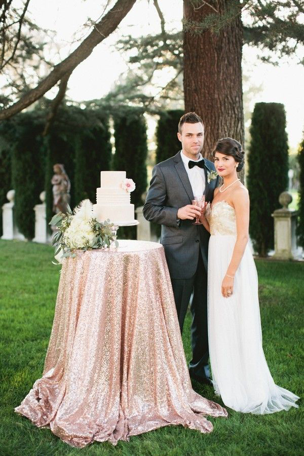 10-luxury-linens-wedding-budget