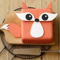 festive-fox-cake-large (1)