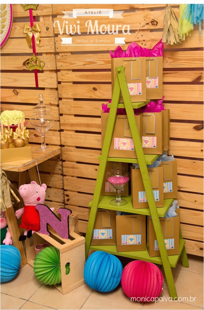 Peppa-Pig-Birthday-Party-via-Karas-Party-Ideas-KarasPartyIdeas.com8_