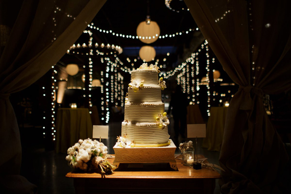 Rustic-Chic-Wedding-Design_Gorgeous-Wedding-Cake_Raw-Cotton_Southern-Wedding_KG-Designs-Birmingham-Alabama (1).jpg