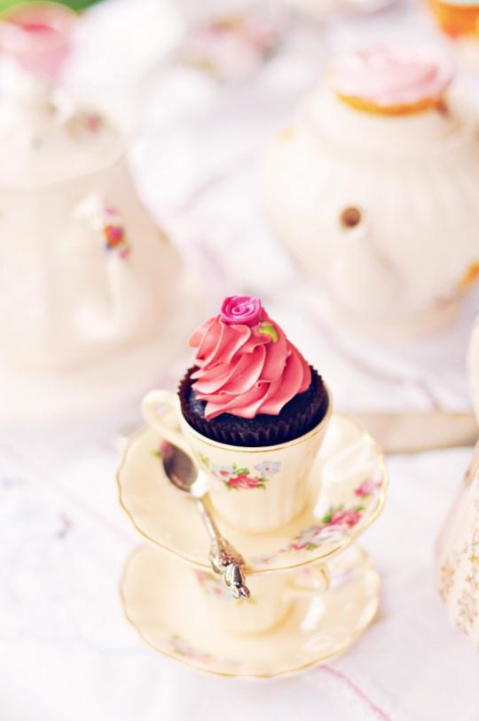 cupcaketearev.jpg