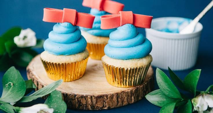 Disney-Family_Snow-White-Cupcakes-1200x640