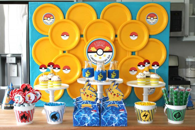 PokemonDessertTable3_zpsbd59cc88.jpg