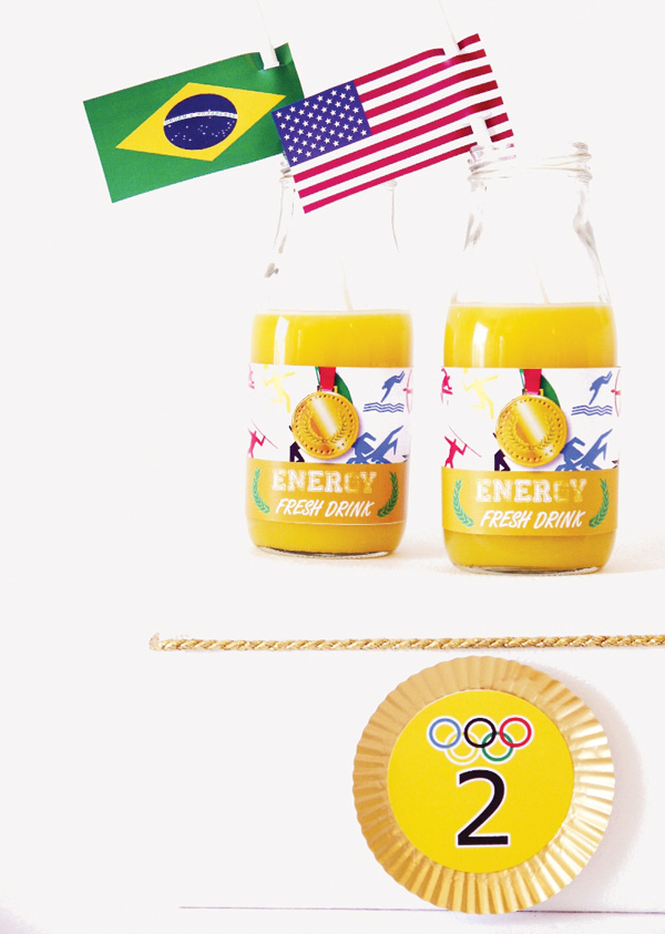 olympics-party-gold-cupcake-liners.jpg