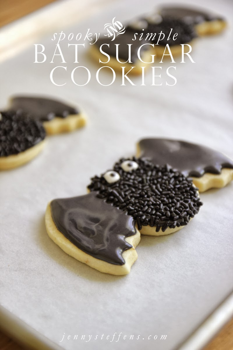 bat-sugar-cookies.jpg