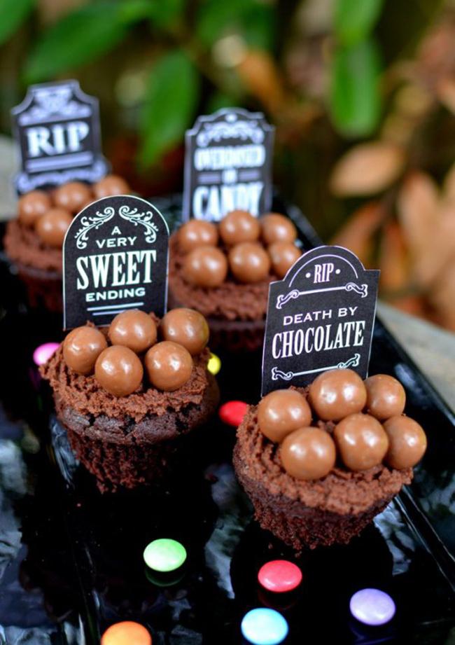 death-by-chocolate-cupcakes4.jpg