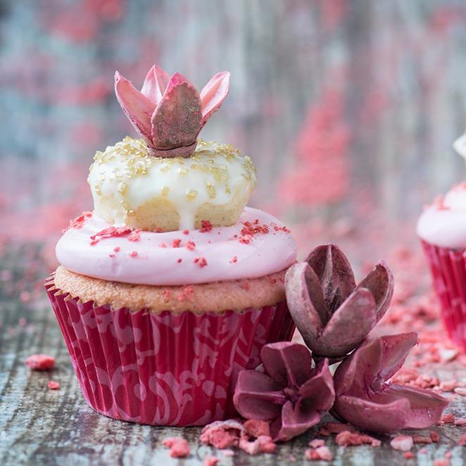 6.-Valentines-Day-Doughnut-Cupcakes.jpg