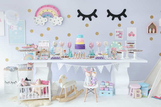 Tendencia ideas dulces para una fiesta de unicornio luz for Diseno de mesa de unicornio