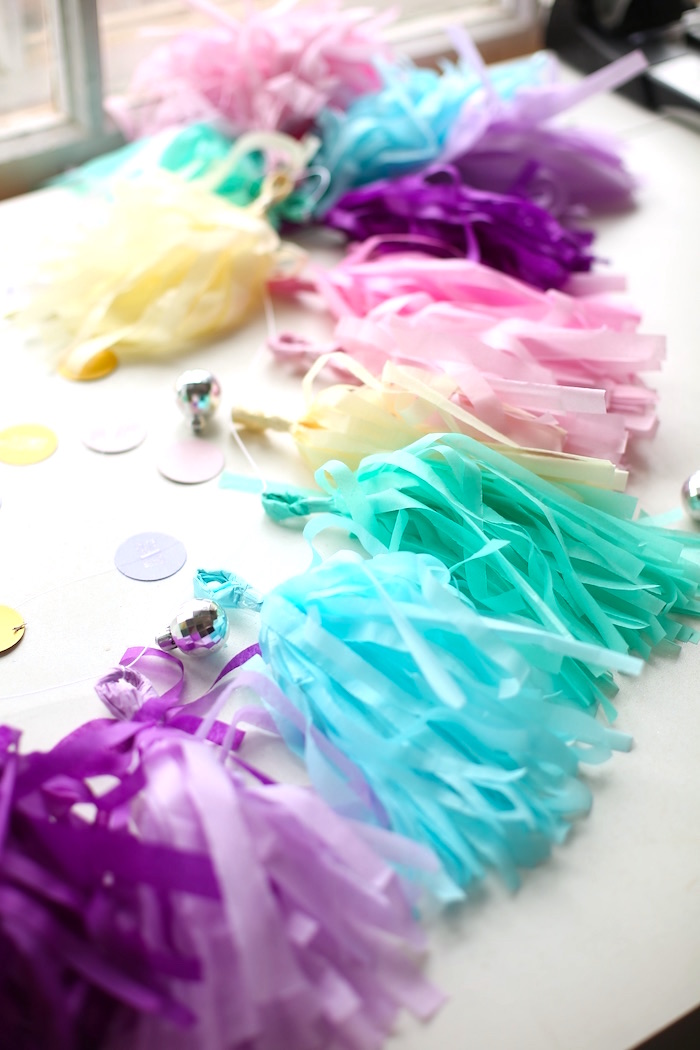 Tendencia ideas dulces para una fiesta de unicornio luz for Decoracion para la pared de unicornio