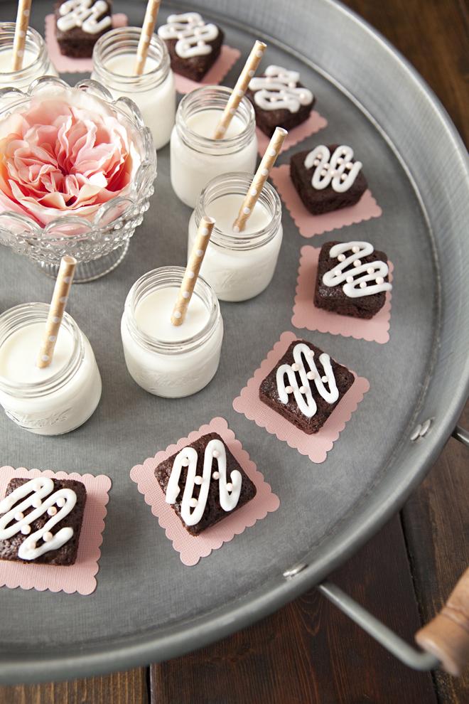 SLT-Mini-Brownie-Milk-Shots-1