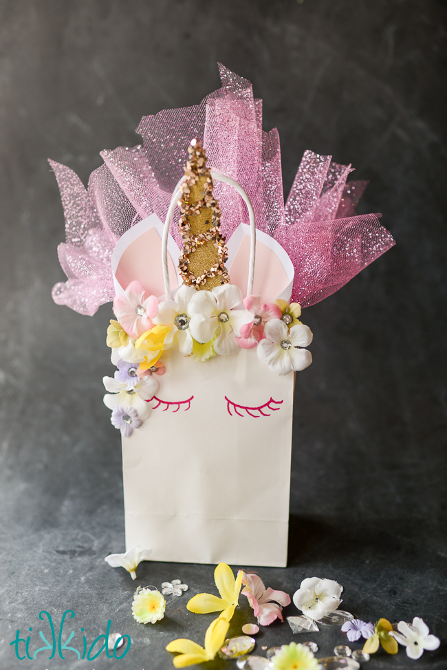 unicorn-gift-bag-9.jpg