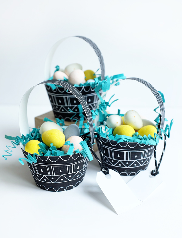 2_patterned_egg_baskets.jpg