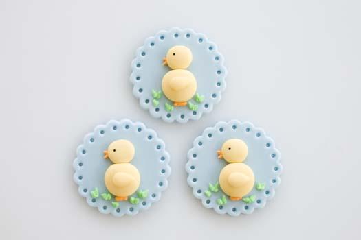 Easter-cupcake-topper