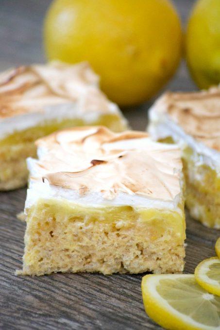 Lemon-Meringue-Rice-Krispie-Treats-PIN-453x680.jpg