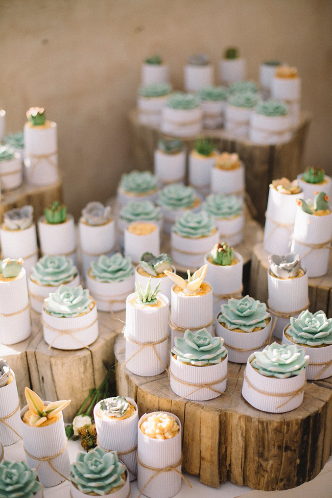 021-JR-DIY-beach-wedding-by-Ronel-Kruger (1).jpg