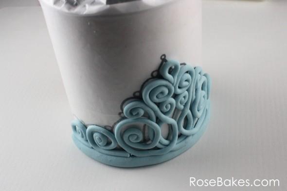 How-to-Make-Gum-Paste-Tiara-31-dried-24-hours-590x394.jpg