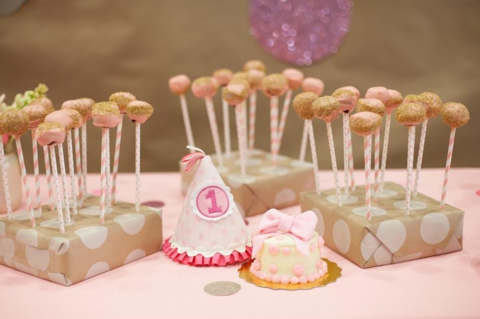 Cake-Pops-Stand.jpg
