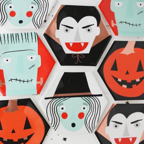 original_halloween-spooky-faces-party-plates-1-500x500.jpg