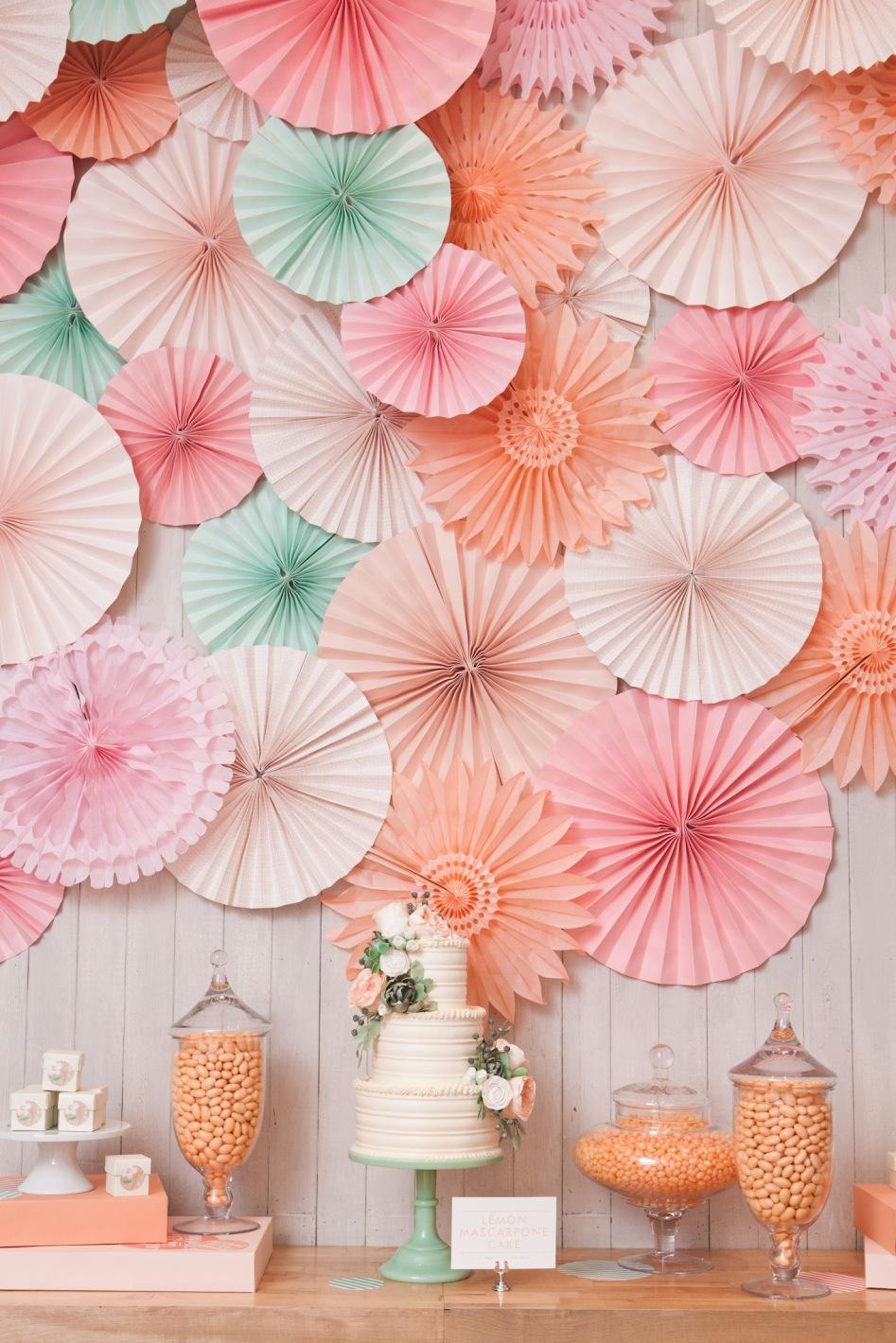 wedding-cake-backdrop