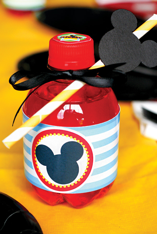 mickey-mouse-party-drinks.jpg