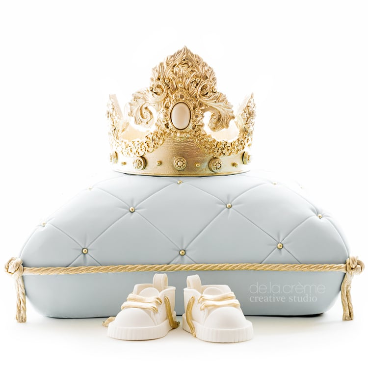 Royalbabyshowercake01.jpg